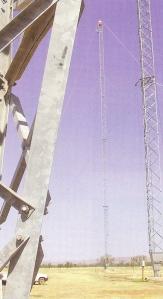96 meter hoge masten wachten op Korte Golf antenne